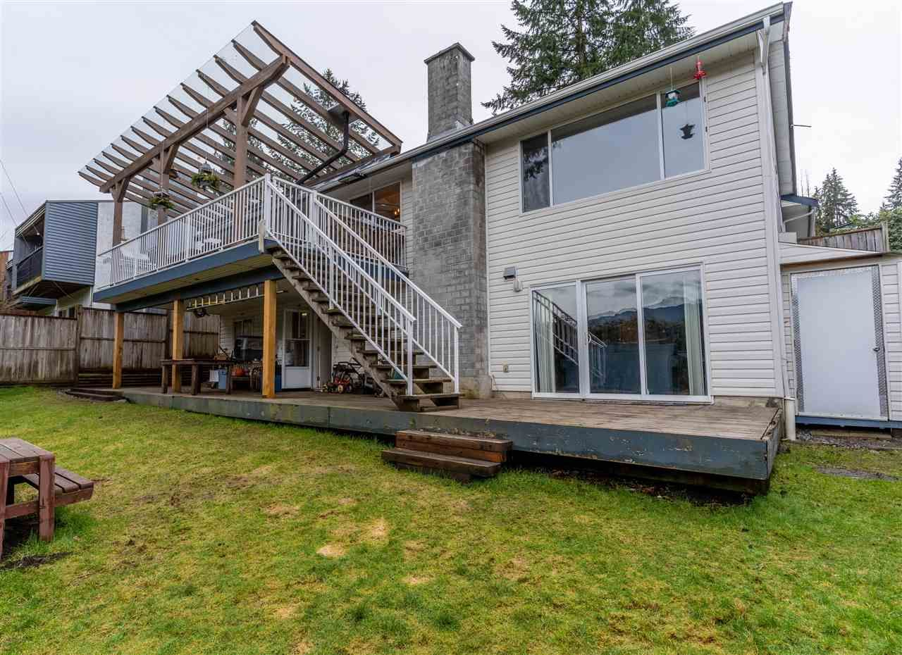 Main Photo: 3310 HENRY Street in Port Moody: Port Moody Centre House for sale : MLS®# R2545752