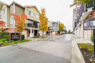 "Photo 2: 27 1111 EWEN AVENUE Avenue in New Westminster: Queensborough Townhouse for sale in ""ENGLISH MEWS"" : MLS®# R2517204"