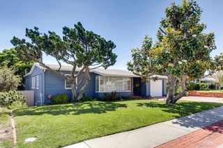 Photo 3: SAN DIEGO House for sale : 3 bedrooms : 3927 Loma Alta