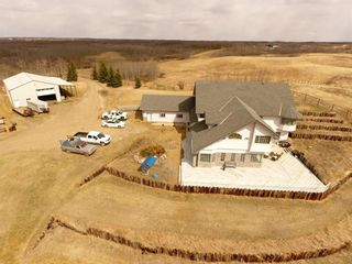 Photo 4: 19515 Township Road 354 in Rural Stettler No. 6, County of: Rural Stettler County Detached for sale : MLS®# A1102393