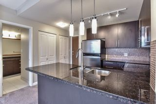 """Photo 4: 2007 888 CARNARVON Street in New Westminster: Downtown NW Condo for sale in """"Marinus at Plaza 88"""" : MLS®# R2333675"""