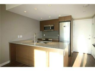 """Photo 2: 317 135 E 17TH Street in North Vancouver: Central Lonsdale Condo for sale in """"Local on Lonsdale"""" : MLS®# V1084301"""
