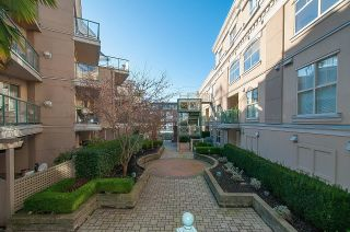 """Photo 21: 313 332 LONSDALE Avenue in North Vancouver: Lower Lonsdale Condo for sale in """"CALYPSO"""" : MLS®# R2598785"""