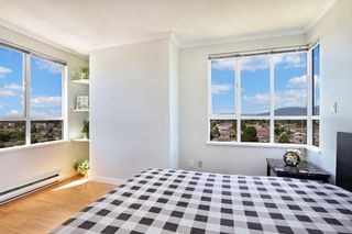"""Photo 10: 1404 3489 ASCOT Place in Vancouver: Collingwood VE Condo for sale in """"Regent Court"""" (Vancouver East)  : MLS®# R2587814"""