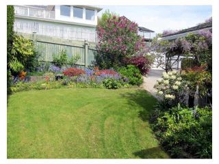 Photo 5: 15397 COLUMBIA Avenue: White Rock House for sale (South Surrey White Rock)  : MLS®# F1438055
