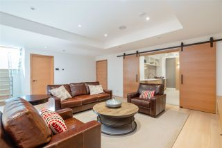 Photo 27: 657 ROSLYN Boulevard in North Vancouver: Dollarton House for sale : MLS®# R2583801