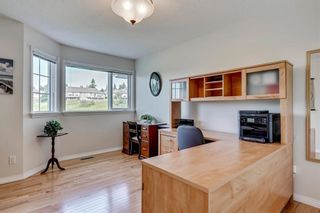 Photo 18: 19 8020 SILVER SPRINGS Road NW in Calgary: Silver Springs Row/Townhouse for sale : MLS®# C4261460