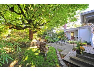"""Photo 17: 418 FIRST Street in New Westminster: Queens Park House for sale in """"QUEENS PARK"""" : MLS®# V1075029"""