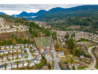 Photo 17: 1420 PIPELINE Road in Coquitlam: Hockaday House for sale : MLS®# R2566981
