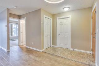 Photo 4: 213 13710 150 Avenue in Edmonton: Zone 27 Condo for sale : MLS®# E4253976