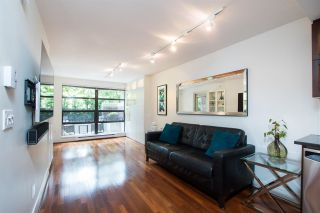 "Photo 3: 104 2137 W 10TH Avenue in Vancouver: Kitsilano Condo for sale in ""The ""i"""" (Vancouver West)  : MLS®# R2474174"