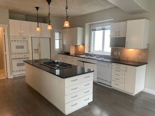 Photo 5: 939 HEACOCK Road in Edmonton: Zone 14 House for sale : MLS®# E4262923