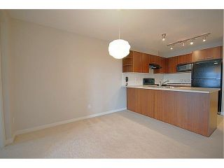 """Photo 5: 407 4799 BRENTWOOD Drive in Burnaby: Brentwood Park Condo for sale in """"THOMPSON HOUSE AT BRENTWOOD GATE"""" (Burnaby North)  : MLS®# R2532127"""