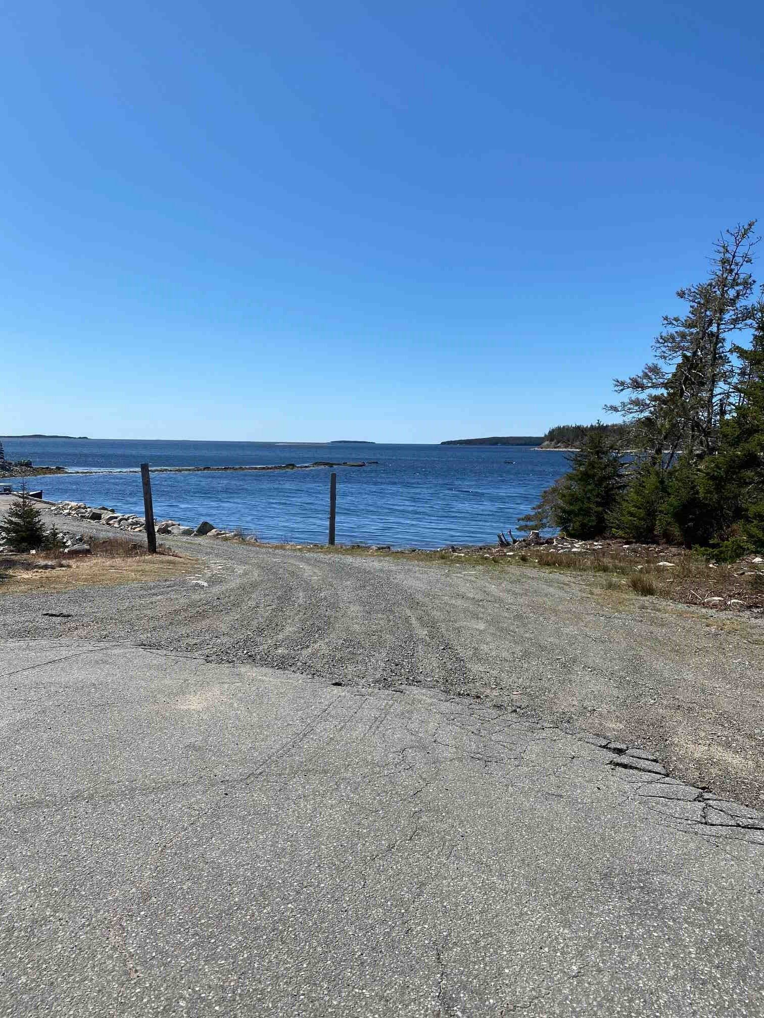 Main Photo: Lot Smileys Point Road in Port Dufferin: 35-Halifax County East Vacant Land for sale (Halifax-Dartmouth)  : MLS®# 202109072