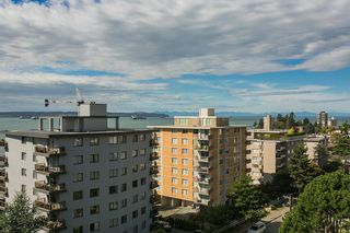 """Photo 3: 801 555 13TH Street in West Vancouver: Ambleside Condo for sale in """"PARKVIEW TOWERS"""" : MLS®# R2105654"""