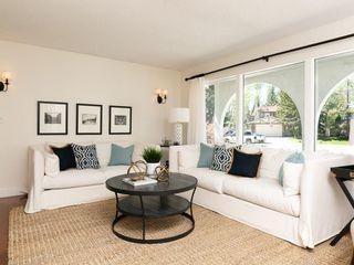 Photo 3: 2203 PALISWOOD Bay SW in Calgary: Palliser House for sale : MLS®# C4186167