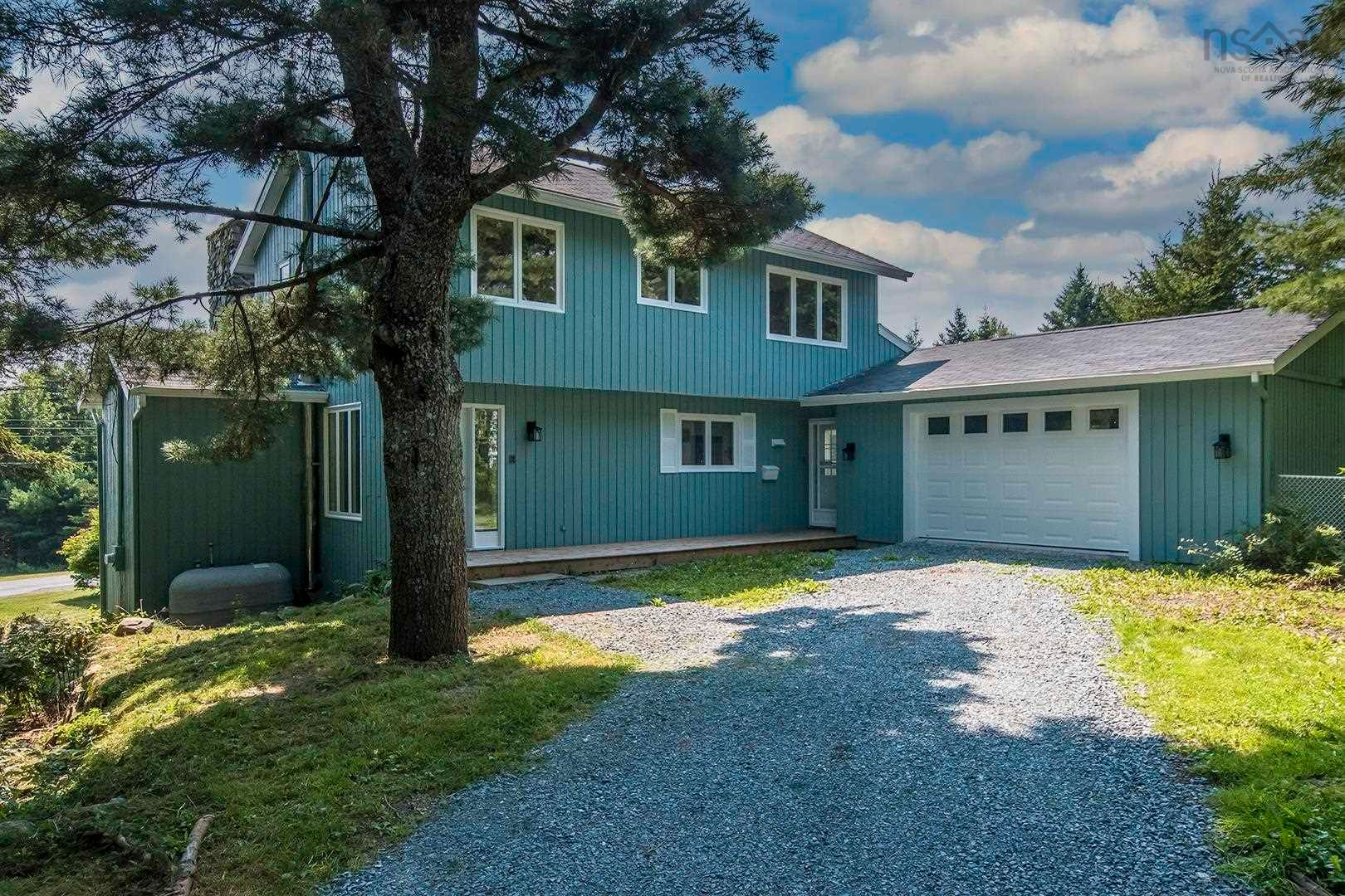 Main Photo: 34 Tidewater Lane in Head Of St. Margarets Bay: 40-Timberlea, Prospect, St. Margaret`S Bay Residential for sale (Halifax-Dartmouth)  : MLS®# 202123066