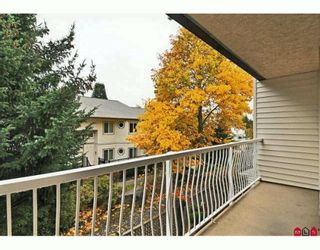"""Photo 19: 217 12890 17TH Avenue in Surrey: Crescent Bch Ocean Pk. Condo for sale in """"OCEAN PARK PLACE"""" (South Surrey White Rock)  : MLS®# F2925768"""