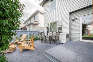 Photo 37: 124 CASTLE Drive in Edmonton: Zone 27 House Half Duplex for sale : MLS®# E4260271