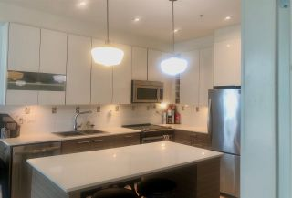 "Photo 2: 201 16388 64 Avenue in Surrey: Cloverdale BC Condo for sale in ""THE BOSE RIDGE FARMS"" (Cloverdale)  : MLS®# R2483722"