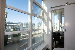 """Photo 13: 1103 88 W 1ST Avenue in Vancouver: False Creek Condo for sale in """"THE ONE"""" (Vancouver West)  : MLS®# R2624687"""