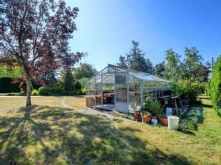 Photo 31: 825 Towner Park Rd in North Saanich: NS Deep Cove House for sale : MLS®# 821434