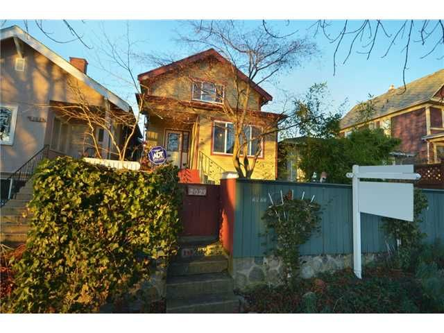 Main Photo: 2023 KITCHENER Street in Vancouver: Grandview VE House for sale (Vancouver East)  : MLS®# V924913