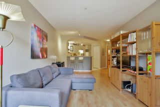 "Photo 11: 208 6833 VILLAGE GREEN in Burnaby: Highgate Condo for sale in ""CARMEL"" (Burnaby South)  : MLS®# R2027961"