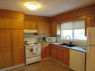 Photo 4: 82 Woodbury Drive in Winnipeg: Pulberry Residential for sale (2C)  : MLS®# 202002844