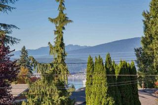 """Photo 5: 2326 HURON Drive in Coquitlam: Chineside House for sale in """"CHINESIDE"""" : MLS®# R2238743"""