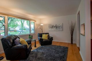 Photo 4: 889 Borebank Street in Winnipeg: River Heights South Residential for sale (1D)  : MLS®# 202111515