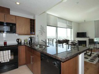 Photo 2: 2005 55 SPRUCE Place SW in CALGARY: Spruce Cliff Condo for sale (Calgary)  : MLS®# C3574941