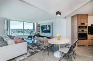 """Photo 6: 2205 388 DRAKE Street in Vancouver: Yaletown Condo for sale in """"Governor's Tower"""" (Vancouver West)  : MLS®# R2619698"""