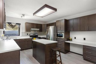 Photo 14: 98 Spruce Thicket Walk in Winnipeg: Riverbend Residential for sale (4E)  : MLS®# 202122593