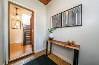 Photo 3: 9541 109A Avenue in Edmonton: Zone 13 House for sale : MLS®# E4258845