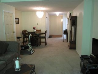 """Photo 3: 216 22515 116TH Avenue in Maple Ridge: East Central Townhouse for sale in """"FRASERVIEW VILLAGE"""" : MLS®# V1127556"""