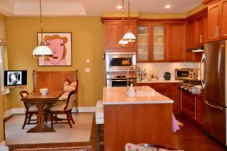 """Photo 7: 1973 W 33RD Avenue in Vancouver: Quilchena Townhouse for sale in """"MacLure Walk"""" (Vancouver West)  : MLS®# R2338091"""
