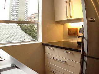 """Photo 3: 402 1534 HARWOOD Street in Vancouver: West End VW Condo for sale in """"St. Pierre"""" (Vancouver West)  : MLS®# V1041614"""