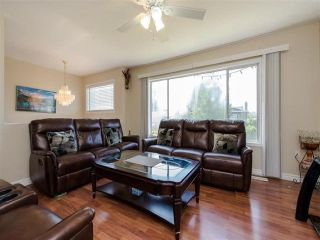 Photo 4: 3316 SAANICH Street in Abbotsford: Abbotsford West House for sale : MLS®# R2348756