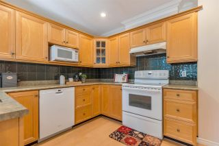 Photo 12: 989 STONEY CREEK Court in Coquitlam: Coquitlam West House for sale : MLS®# R2571353