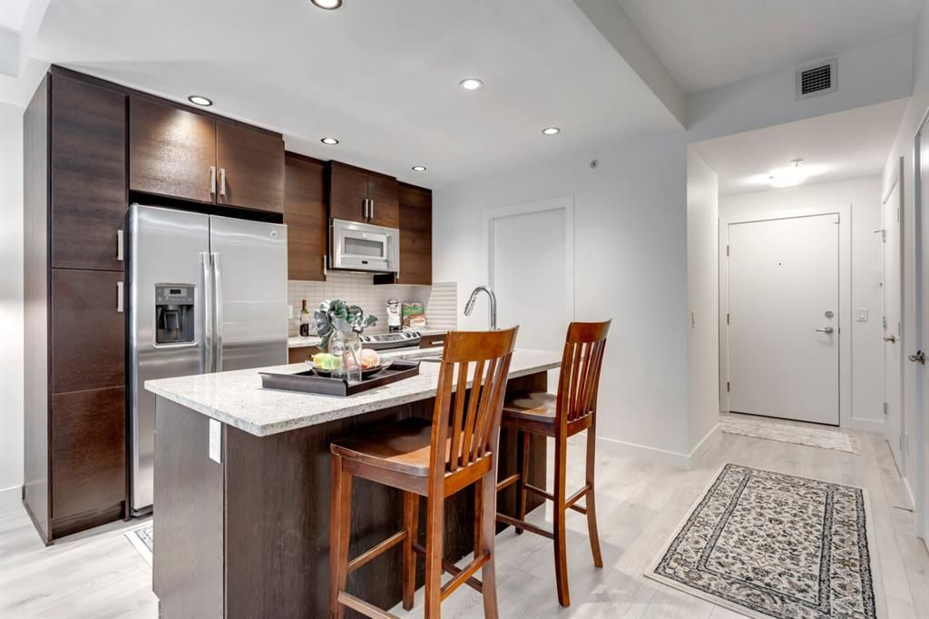 Photo 6: Photos: 105 1730 5A Street SW in Calgary: Cliff Bungalow Apartment for sale : MLS®# A1075033