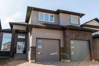 Photo 1: 339 Gillies Crescent in Saskatoon: Rosewood Residential for sale : MLS®# SK758087