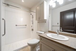 """Photo 14: 104 2511 KING GEORGE Boulevard in Surrey: King George Corridor Condo for sale in """"The Pacifica"""" (South Surrey White Rock)  : MLS®# R2617493"""