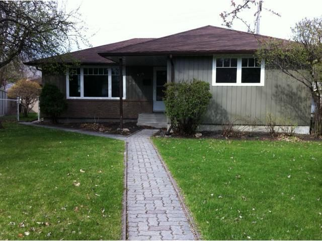 Main Photo: 24 Addison Crescent in WINNIPEG: Westwood / Crestview Residential for sale (West Winnipeg)  : MLS®# 1208208