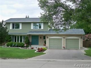 Main Photo: 30 Pine Valley Drive in Winnipeg: Westwood / Crestview Single Family Detached for sale (West Winnipeg)  : MLS®# 1112515