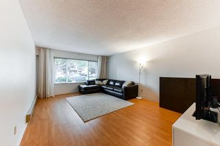 Photo 2: 8849 156A Street in Surrey: Fleetwood Tynehead 1/2 Duplex for sale : MLS®# R2466252