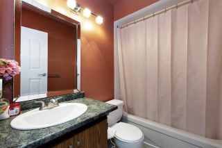 """Photo 15: 1005 10620 150 Street in Surrey: Guildford Townhouse for sale in """"Lincoln's Gate"""" (North Surrey)  : MLS®# R2505879"""