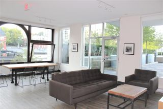 """Photo 14: 307 668 COLUMBIA Street in New Westminster: Quay Condo for sale in """"TRAPP & HOLBROOK"""" : MLS®# R2289718"""