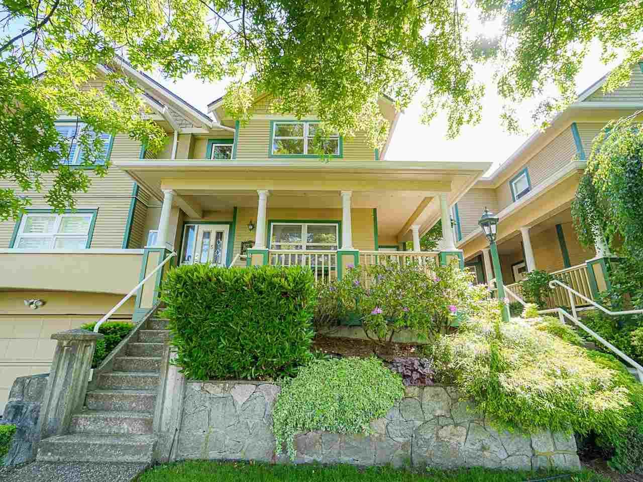 """Photo 3: Photos: 4 235 E KEITH Road in North Vancouver: Lower Lonsdale Townhouse for sale in """"Carriage Hill"""" : MLS®# R2471169"""