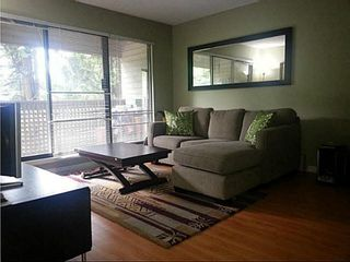 """Photo 6: 204 423 AGNES Street in New Westminster: Downtown NW Condo for sale in """"THE RIDGEVIEW"""" : MLS®# V1072443"""